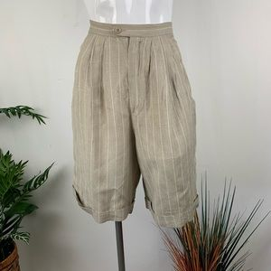 Jones New York Tan shorts  Size 6